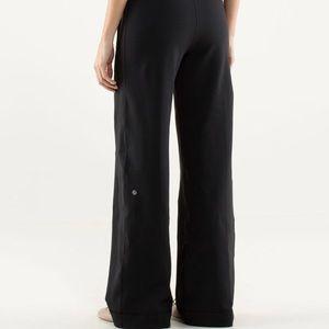 Lululemon Still Grounded pants